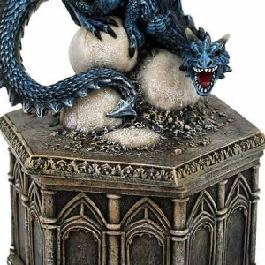Nemesis Now Roost of Cryondrix Dragon Box