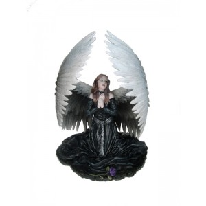 Nemesis Now Anne Stokes Prayer for the Fallen Figurine